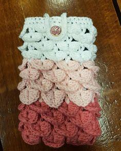 Crochet phone holder
