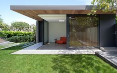 This project included the selective renovation, addition and landscape design of a late 1920s house in Vancouver.