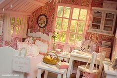 PINK ATTIC Diorama