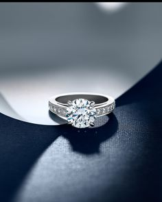 John Bennett | JSR | Jewellery Photography | DeBeers                                                                                                                                                     More