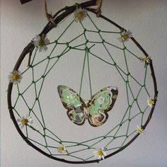 Bohemian Dreamcatchers so cute.Just the right amount of decorations set it off.Less is more.