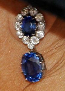 Royal Jewelry, Sapphire Earrings, Borneo, Crowns, Royals, Holland, Dutch, Bling, Diamond