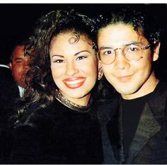 Selena & Chris Perez, married till her death. Selena Quintanilla Perez, Romeo Santos, Jenni Rivera, Daddy Yankee, Selena Mexican, Selena And Chris Perez, Divas, Mundo Musical, Selena Pictures