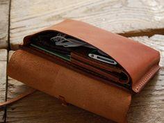 小物入れ・ポーチ(GS-3)は革封筒のようなクラシックな革紐留めのレザーポーチです。「HERZ(ヘルツ)公式通販」