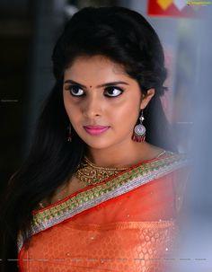 Cute Beauty, Beauty Full Girl, Beauty Women, Beautiful Saree, Beautiful Eyes, Best Bridal Makeup, Stylish Girl Images, Beautiful Girl Photo, Dresses Kids Girl