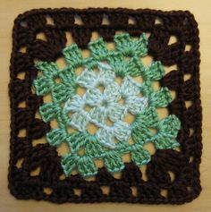 Twisted Square. free pattern at Ravelry. Thanks