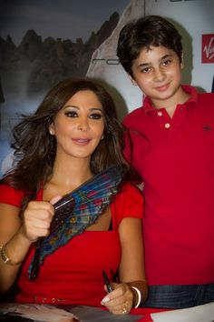 Elissa Signing her new Album in City Mall - Lebanon