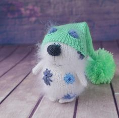 Preslyn White Cat Embroidered with Flowers Hand-Knitted Toy