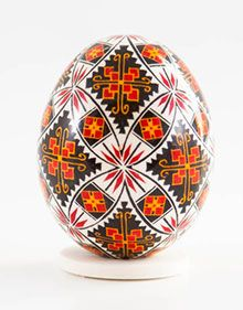 Easter egg in batik technique red