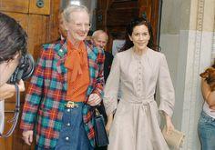 En 2000, su hijo Federico conoce a Mary Donaldson durante los Juegos Olímpicos de Sidney. En octubre de 2003, se anunció su compromiso. En la imagen, la reina Margarita junto a Mary Donaldson durante uno de los ensayos de la boda real.