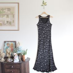 Vtg 90s Botanical Floral Sleeveless Maxi Dress • Black & White Flower Print Slim Stretch Sun Dress - XS/S by ShoutVintage on Etsy https://www.etsy.com/listing/279938492/vtg-90s-botanical-floral-sleeveless-maxi