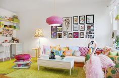 I could live here! http://www.husohem.se/New-Bloggar/Alla-bloggar/Inredning/retrofotografen1/Inlagg/?BlogEntry=30129