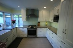 PortfolioProjects/112 - Tustin/images/Transitional-White-Cabinets-Gray-Countertop-Design-Build-Kitchen-Remodel-Tustin-Orange-County00004.jpg