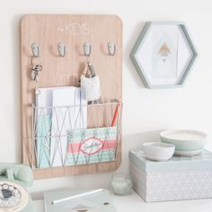 Rose Gold Bedroom Decor to Re-inspire Your Personal Space Gold Bedroom Decor, Diy Room Decor, Bedroom Furniture, Bedroom Ideas, Furniture Ideas, Wooden Rack, Aesthetic Rooms, Home Office Decor, Home Decor