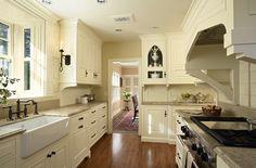 tudor style ineteriors kitchen