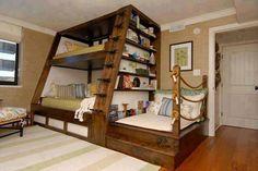 What a rad bunk bed idea! Digging it a lot.