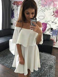 I think the off shoulder of the dress is the most beautiful, because it can make you very feminine. This is a pure dress, can make you very temperament. Short dresses can be so sexy. Material:Spandex