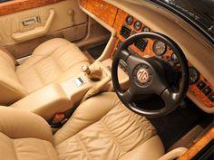 MG : collector et teaser en même temps British Sports Cars, Classic Sports Cars, Classic Cars, Citroen Ds, Porsche 911, Peugeot 106, Jaguar Type E, Car Interior Design, Mg Cars
