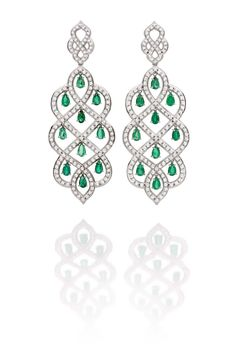 #CarlaAmorim #Russia Collection Taiga emerald #earrings, inspired by the Russian Boreal forests.