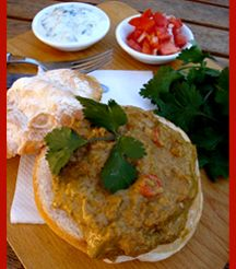 Nothing screams SA like bunny chow - try this recipe for Beef Madras Bunny Chow. Beef Madras, South African Recipes, Ethnic Recipes, Best Places To Eat, Chow Chow, Restaurant Bar, Beef Recipes, Bunny, Cooking