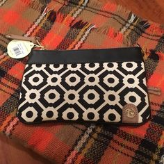 "NWT Spartina Zip Pouch NWT Spartina 449 Zip pouch in the Pender pattern. Has 3 different zippers! Approx. 9"" by 6"" Spartina Bags Wallets"