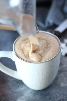 Start your day off right with this creamy delicious Gut-Healing Cinnamon Coconut Latte - abundant in metabolism boosting fats and gut-healing collagen. Tea Recipes, Coffee Recipes, Whole 30 Recipes, Real Food Recipes, Food Tips, Yummy Drinks, Healthy Drinks, Healthy Snacks, Yummy Food