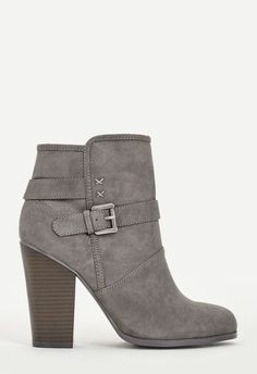 bdb796bc0e7 Toms Women s Drizzle Grey Suede Crepe Desert Wedges 10008903 (SIZE ...