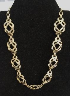 Beautiful 1960's Vendome Necklace by COLLECTORSCENTER on Etsy