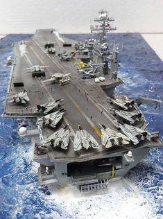 1/700 USS Theodore Roosevelt CVN-71 (Trumpeter) Scale Model Ships, Scale Models, Poder Naval, Uss Enterprise Cvn 65, Model Warships, Uss Theodore Roosevelt, Handmade Headbands, Handmade Crafts, Handmade Rugs