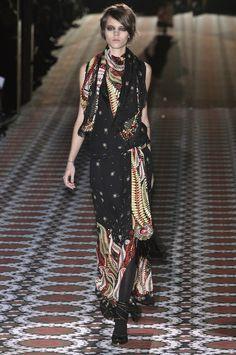154 photos of Gucci at Milan Fashion Week Fall 2008.