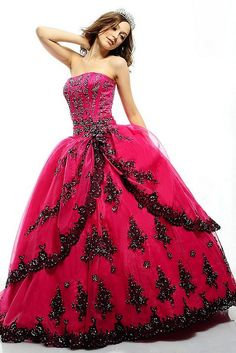 This dress looks amazing! The designs, the color, the way it flows. One word to describe it, GORGEOUS!