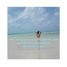 Le bonheur existe  Trouvez encore plus de citations et de dictons sur: http://www.atmosphere-citation.com/amour/le-bonheur-existe.html?