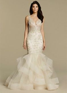 The Jessica Rabbit of wedding dresses | Wedding Dresses | Pinterest ...