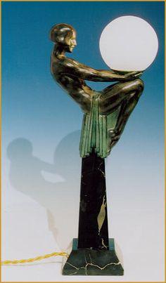 "Art Deco. Max Le Verrier (1891 - 1973) ""Enigme"" | Max Le Verrier, Bronze, Skulptur, Lampe, Enigme, Art1900, Antiquitäten, Berlin, Kurfürstendamm 53,"