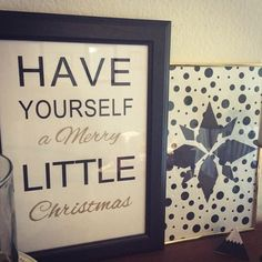 Easy DIY little Christmas decor project, for those of us who are a little... shall we say, craft-impaired? ;-)