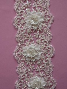 Ivory Lace Trim - Clematis