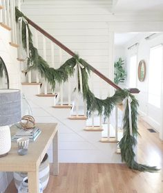 The best faux garlands for Christmas and the holidays! Twinkly lights / christmas wreaths / thick garlands / best garlands / magnolia and eucalyptus garlands / pine / christmas ribbon with garlands