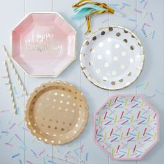 Wow factor paper plates perfect for birthday parties!  Each plate has a pink ombre design with lovely foiled Happy Birthday design with foiled edging. These pretty paper plates are ideal for a birthday party.  Quantity : 8 plates per packs Size : 25cm Diameter Shape : Octagon Matching plates, napkins and cups in this fabulous pink and gold set, or mix and match with gold polka dots also in cups, plates, napkins and party bags.  For my full range of themed and mix & match products visit my…