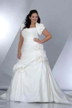 2013 Wedding Dresses A Line Strapless Court Train Taffeta Lace Up