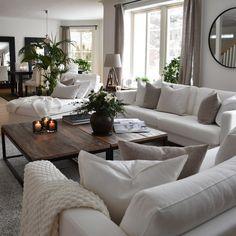 - My livingroom - #interior #inredning #inspirasjonsguidennorge #interiorinspo #nordicinspiration #nordichome #nordiskehjem #skandinaviskehjem #nordicstyle #scandinavianhome #interiorstyling #scandinaviandesign #homesweethome #interior123 #inspire_me_home_decor #interior4you1 #passion4interior #interiorandhome #finahem #interior4all #shabbyyhomes #interiorwarrior #finehjem #skönahem #vakrehjemoginterior #myhome #classyinteriors #homesweethome #candles #livingroom #flowers
