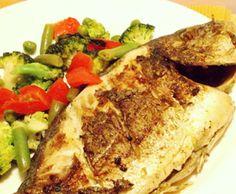 Dourada Grelhada com Legumes - http://www.receitasja.com/dourada-grelhada-com-legumes/