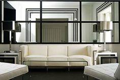 modernes-Wohnzimmer-Spiegel-optische-Illusion