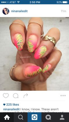 Palm tree tropical nails