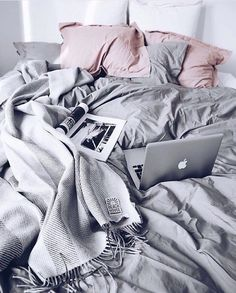 Ways to make your bedroom cozy and warm! Chic ways to make your dorm room or apa. : Ways to make your bedroom cozy and warm! Chic ways to make your dorm room or apartment look cute and comfy with pillows, blankets and decor!