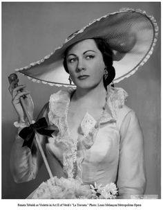 Renata Tebaldi as Violeta. Met Opera