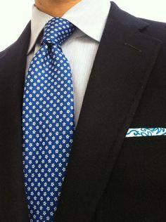 Klug Tie Rack 100% Silk Mens Blue Themed Classic Fit Tie Herren-accessoires