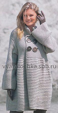 Демисезонный шик – вязаное пальто спицами
