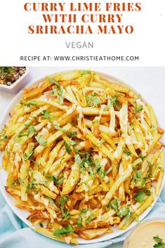 A delicious vegan spicy recipe for Curry Lime Fries with Curry Sriracha Mayo! Perfect as an appetizer snack or side dish. Packed with flavour and is fairly easy to make at home. Sriracha Mayo Recipe, Sriracha Recipes, Spicy Vegetarian Recipes, Curry Recipes, Vegan Recipes, Cooking Recipes, Sriracha Sauce, Cooking, Vegane Rezepte