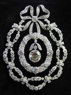 Gorgeous #DiamondBrooches #vintagejewelry