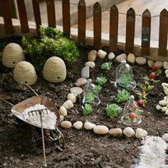 accessories mini garden - Buscar con Google